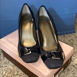 Bandolino Navy and White tweed heels